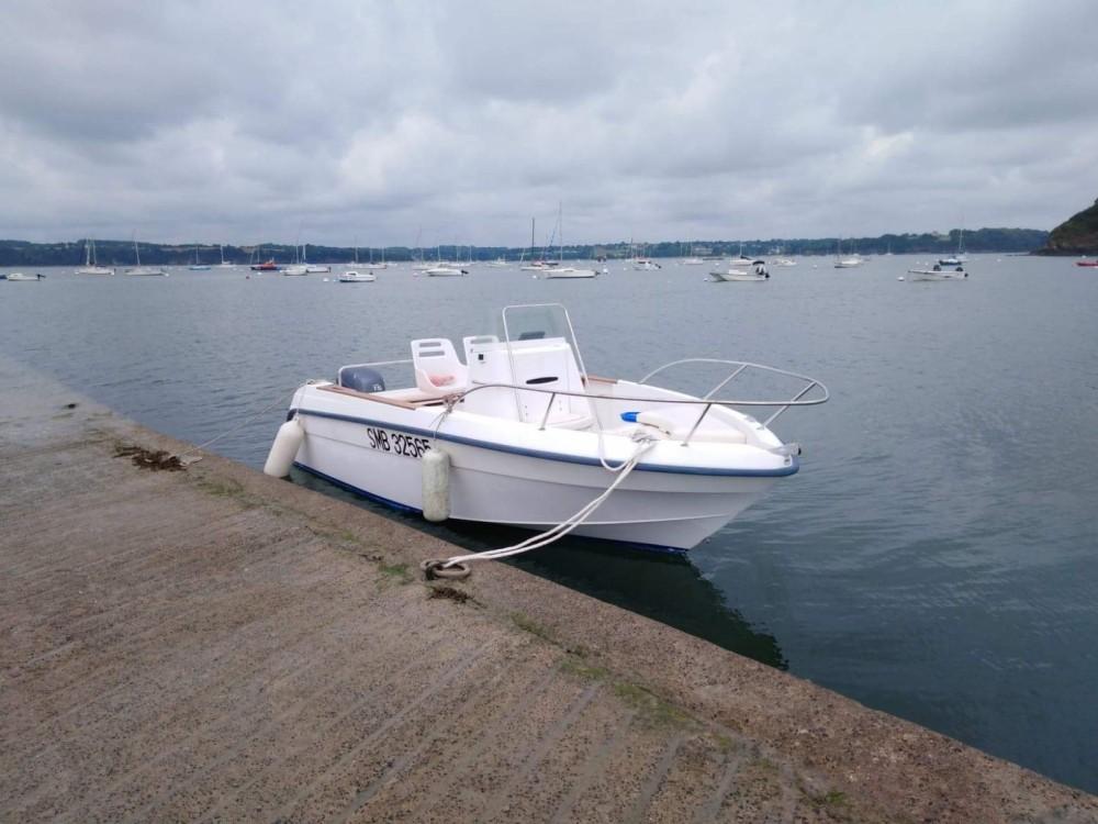 Rental Motorboat in Dinard - Bénéteau Flyer 570
