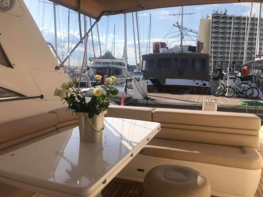 Princess Princess V55 between personal and professional La Grande-Motte