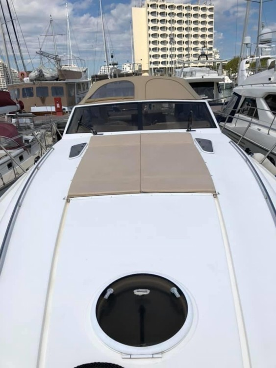 Rental yacht La Grande-Motte - Princess Princess V55 on SamBoat