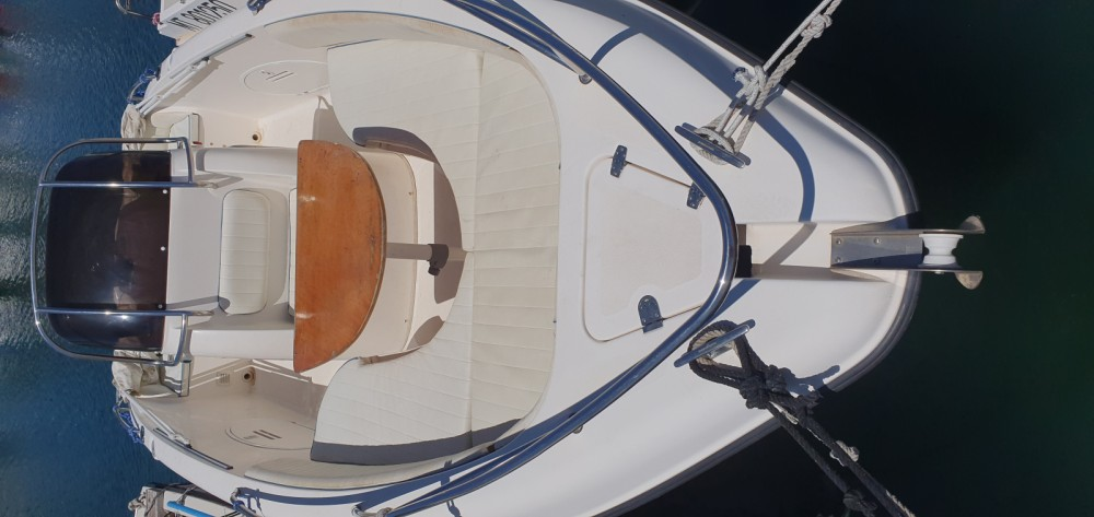 Mano Marine 19.5 between personal and professional Fos-sur-Mer