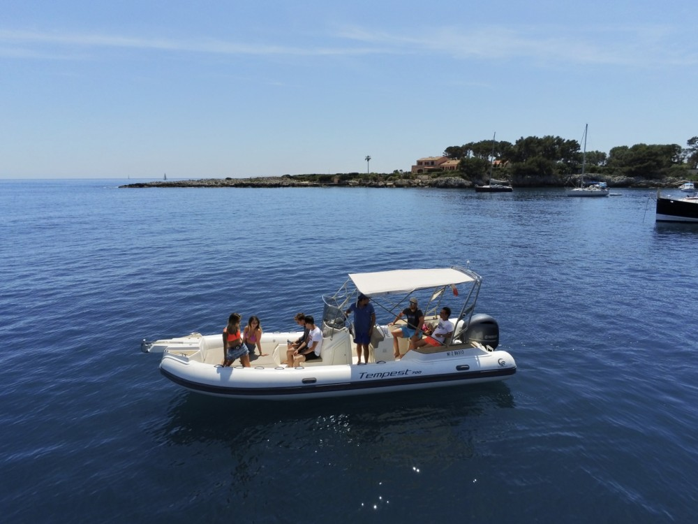 Boat rental Antibes cheap Tempest 700