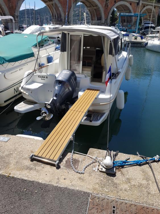 Rental yacht Mandelieu-la-Napoule - Bénéteau Antares 7.80 on SamBoat