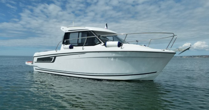 Motorboat for rent Le Havre at the best price