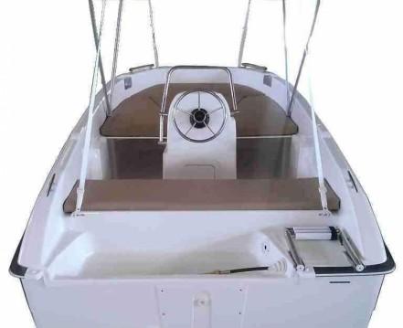 Rental Motorboat in Barcelona - Custom Made 400 GT N