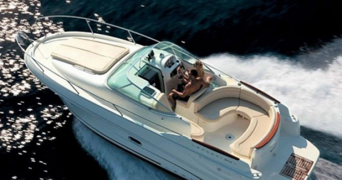 Rental yacht Fréjus - Jeanneau Leader 805 on SamBoat