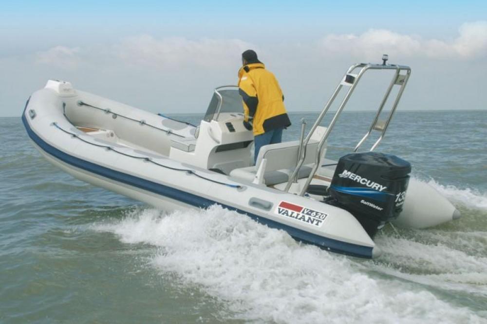 Rent a Valiant Valiant 620 Vanguard La Trinité-sur-Mer