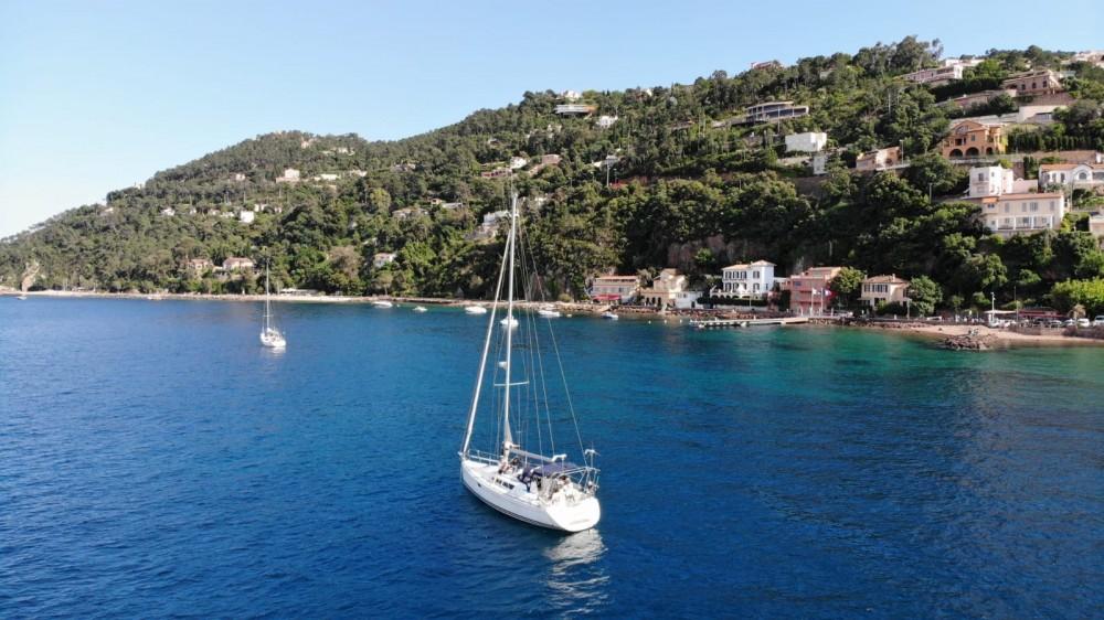 Sailboat for rent Mandelieu-la-Napoule at the best price