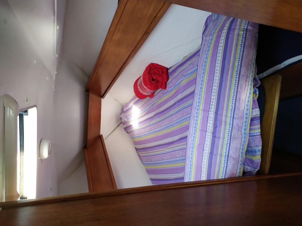 Boat rental Jeanneau sun shine 36 in Barcelona on Samboat