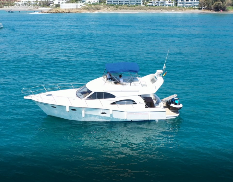 Hire Motorboat with or without skipper Rodman Estepona