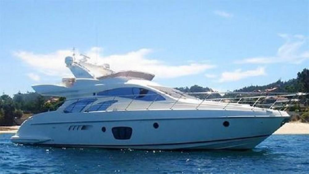 Boat rental Azimut Azimut 55 Fly in Marseille on Samboat