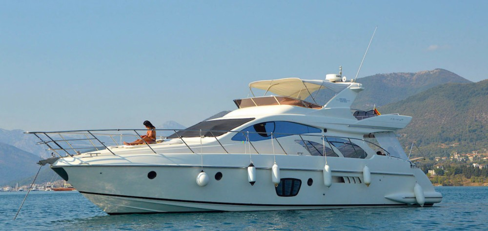 Hire Motorboat with or without skipper Azimut Marseille
