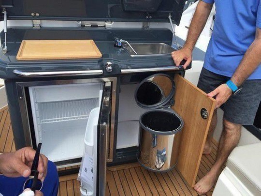 Boat rental Marseille cheap Clubman 35