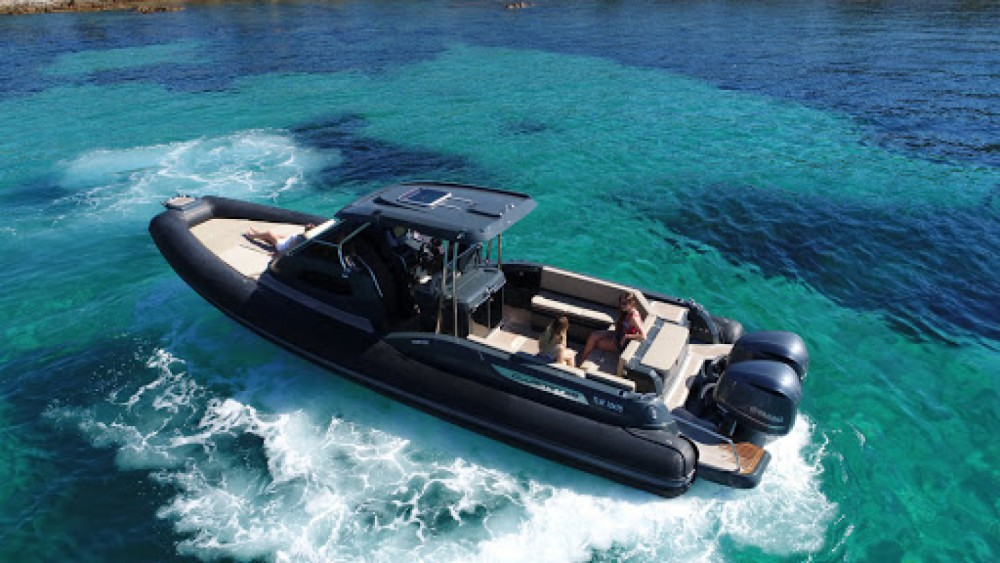 Joker Boat Clubman 35 between personal and professional Marseille