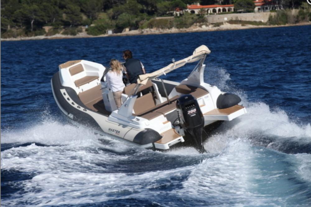 Boat rental Master Master 699 in Marseille on Samboat