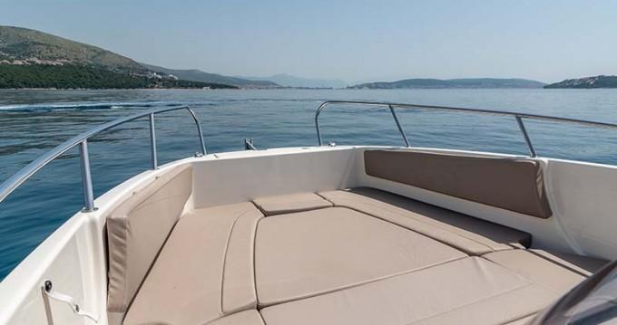 Rental Motorboat in Trogir - Quicksilver Activ 755 Open