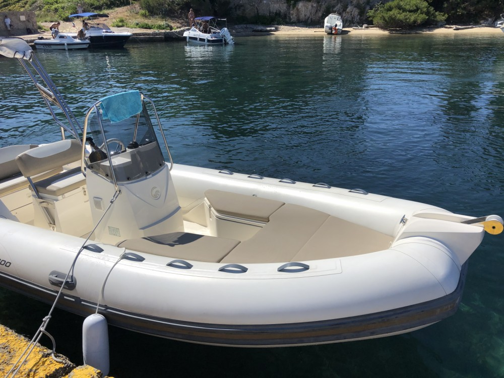 Boat rental Capelli Tempest 600 in Antibes on Samboat