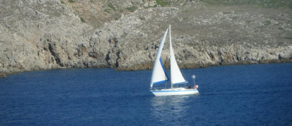 Rental Sailboat Wauquiez with a permit