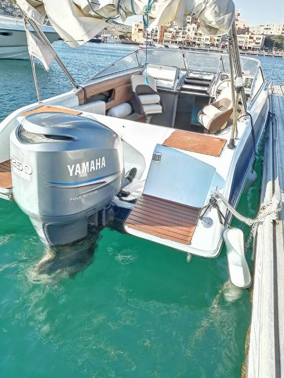 Rental yacht Marseille - Four Winns Sundowner 205 on SamBoat
