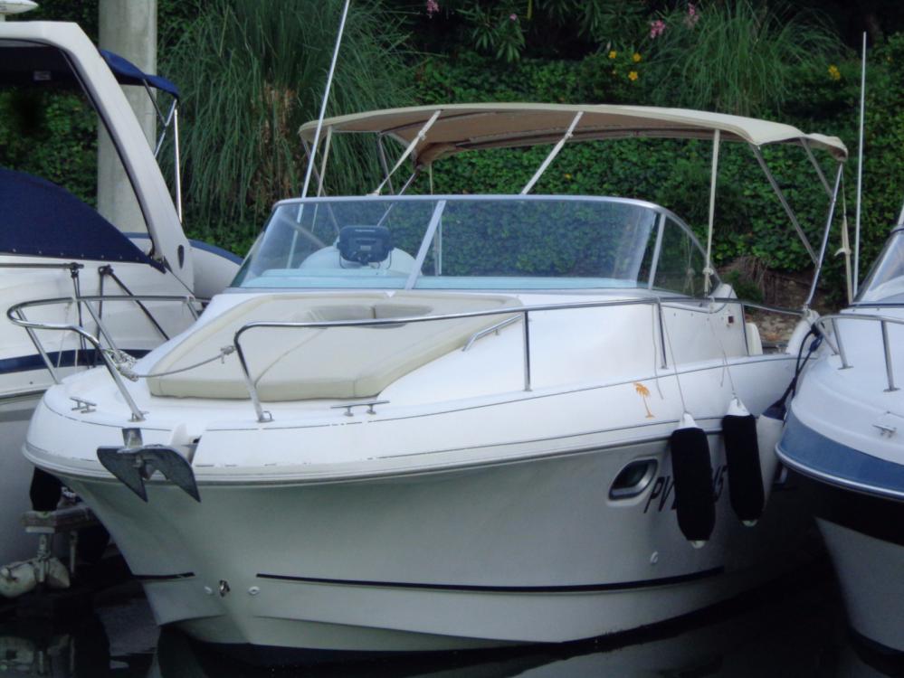 Boat rental Jeanneau Leader 805 in Mandelieu-la-Napoule on Samboat