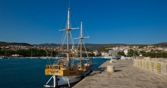 Hire Motorboat with or without skipper GAJETA Crikvenica