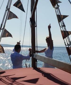 Rental Motorboat GAJETA with a permit