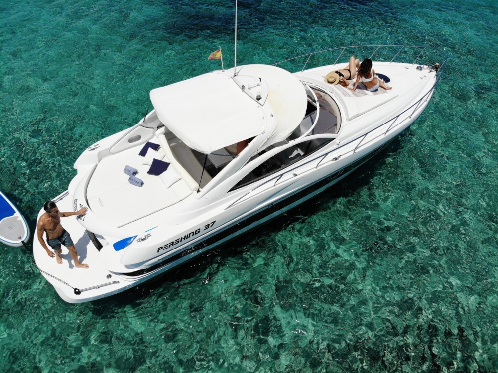 Pershing Pershing 37 between personal and professional Balearic Islands