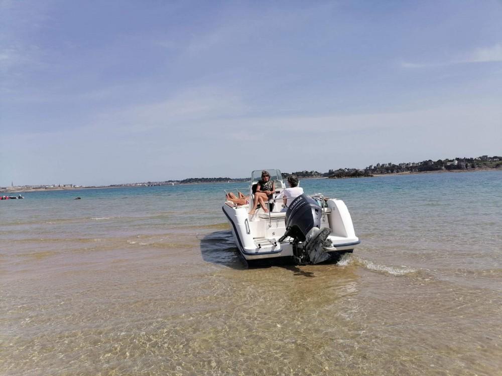 Boat rental Dinard cheap Flyer 570