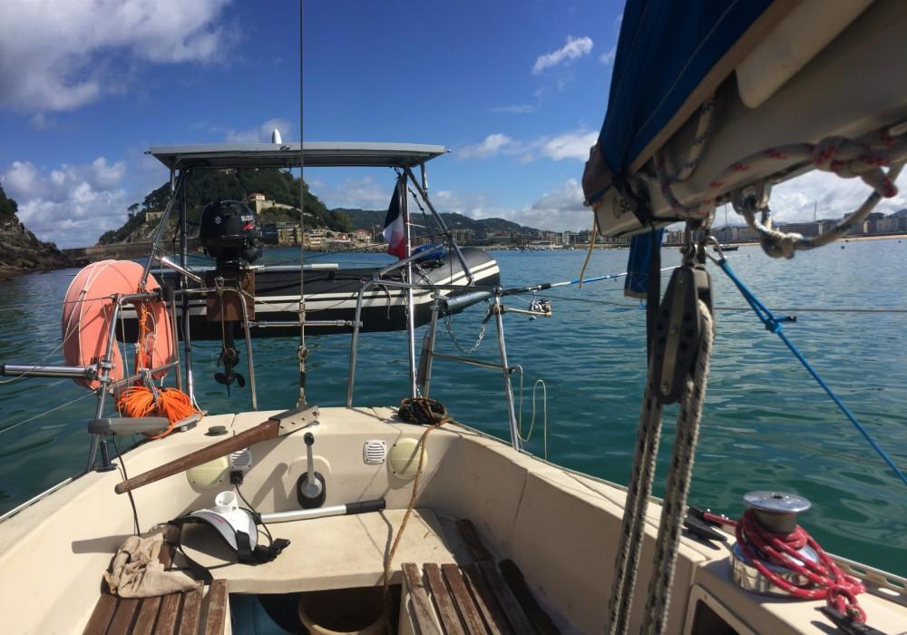 Boat rental Hendaye cheap First 30