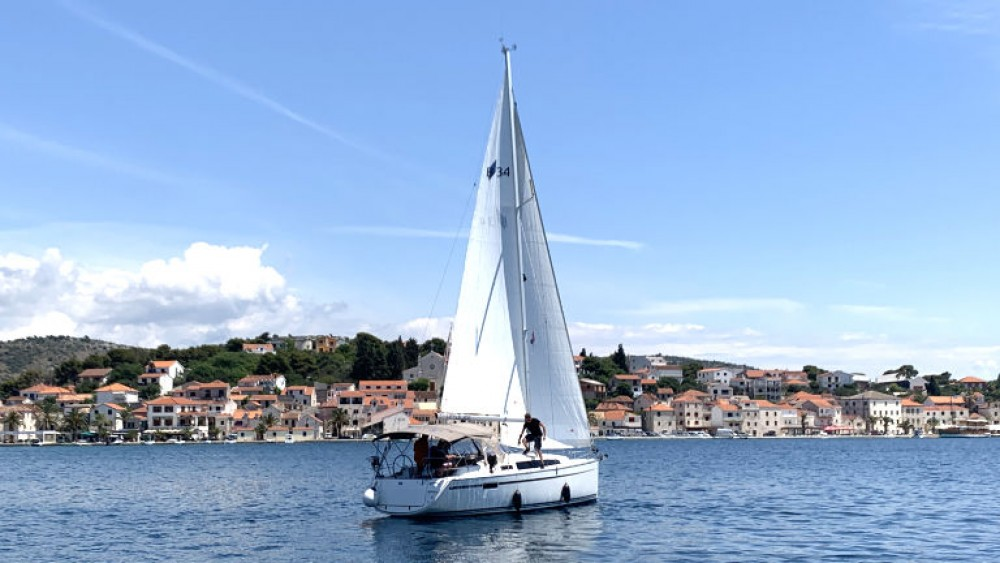 Hire Sailboat with or without skipper Bavaria Rogoznica