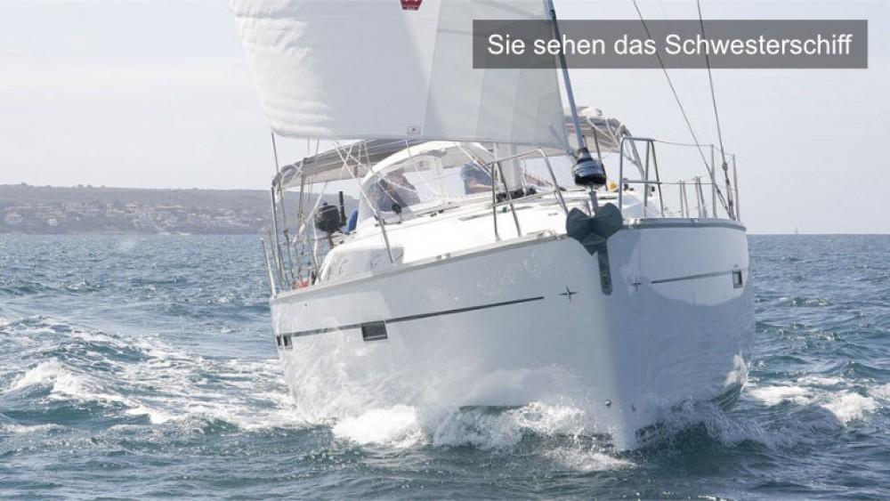 Boat rental Bavaria Bavaria Cruiser 46 - 4 cab. in Rogoznica on Samboat