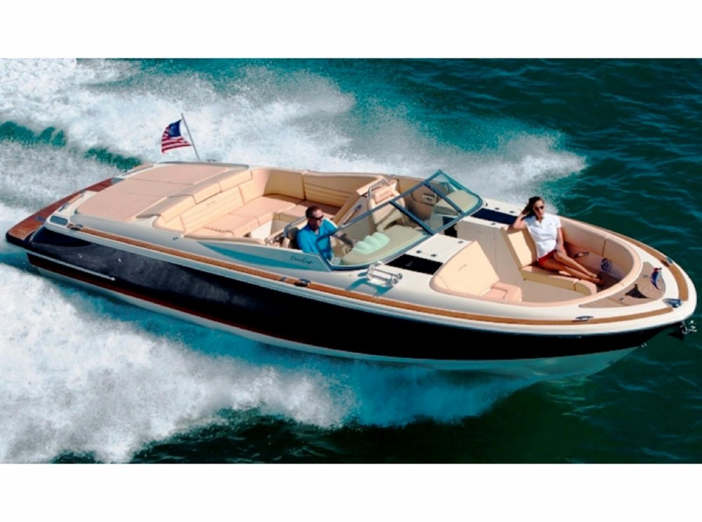Chris Craft 32 between personal and professional Balearic Islands