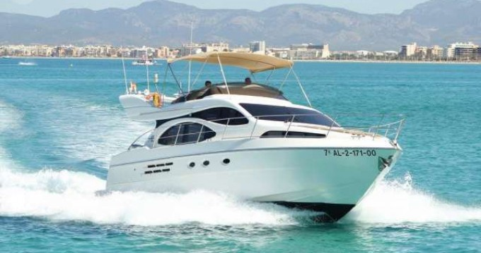 Rental Motorboat in Palma de Mallorca - Azimut Azimut 46 Fly