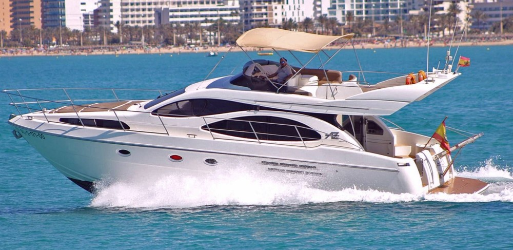 Boat rental Palma cheap Azimut 46 Fly
