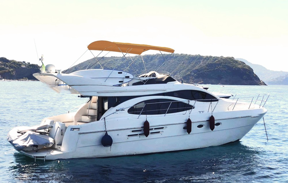 Rental yacht Palma - Azimut Azimut 46 Fly on SamBoat