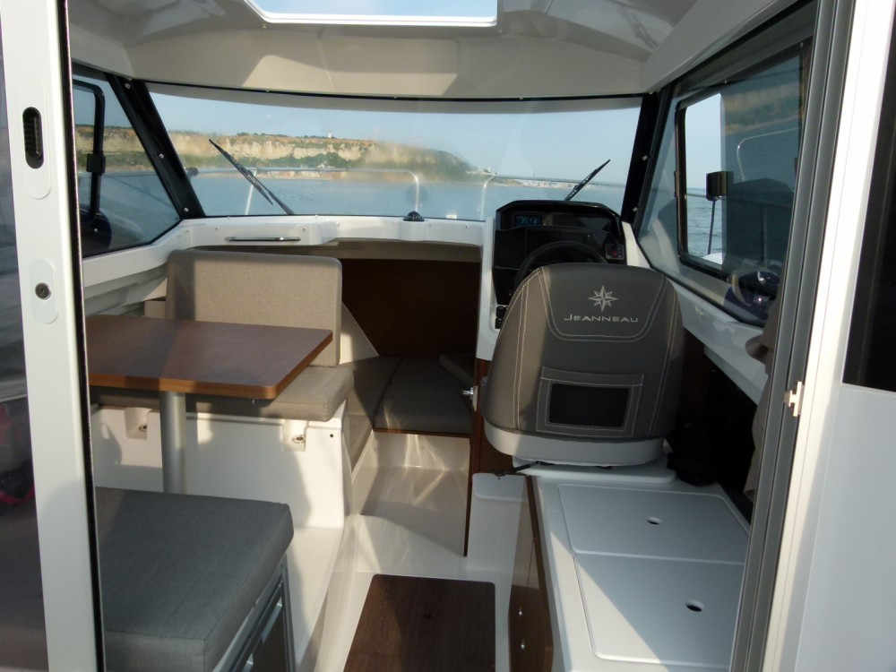 Jeanneau Merry Fisher 695 between personal and professional Le Havre
