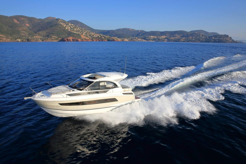 Hire Motorboat with or without skipper Jeanneau Bormes-les-Mimosas