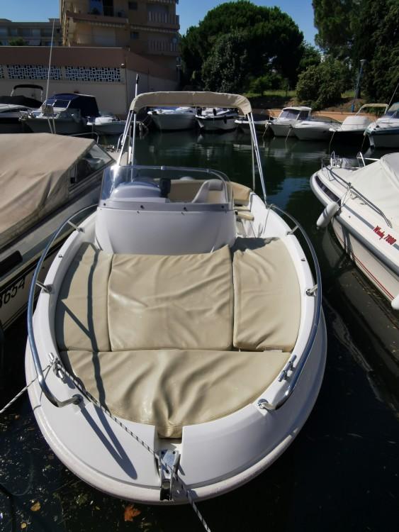 Boat rental Mandelieu-la-Napoule cheap Flyer 550 Sun Deck
