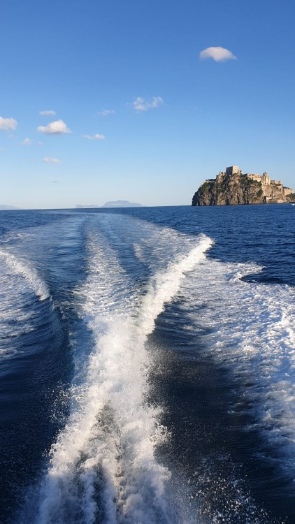 Boat rental Ilver Mirable 41 in Naples on Samboat