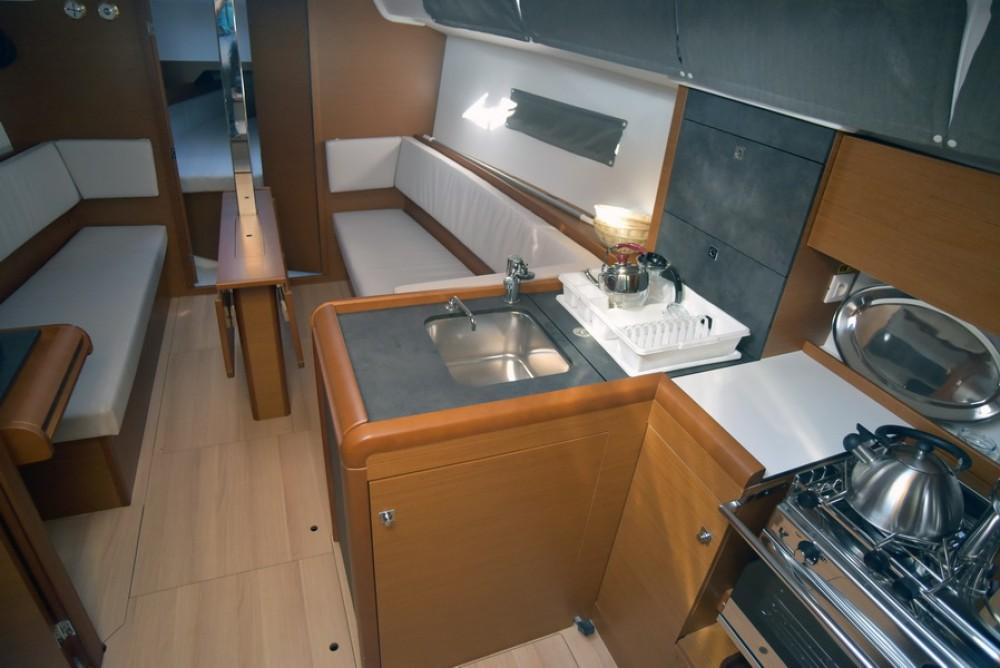 Boat rental Athens cheap Sun Odyssey 349