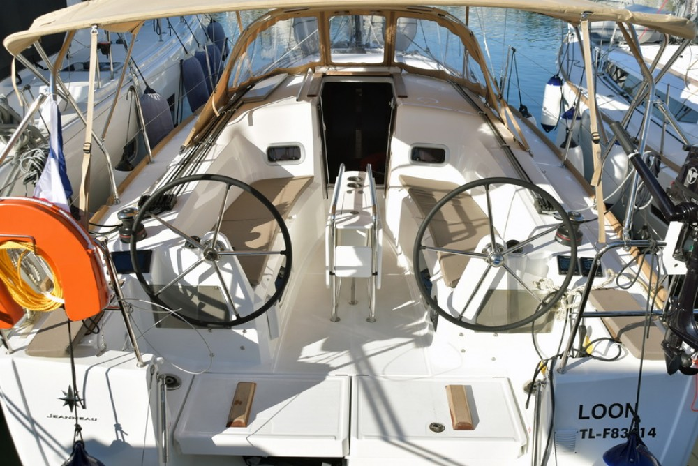 Rental Sailboat in Athens - Jeanneau Sun Odyssey 349