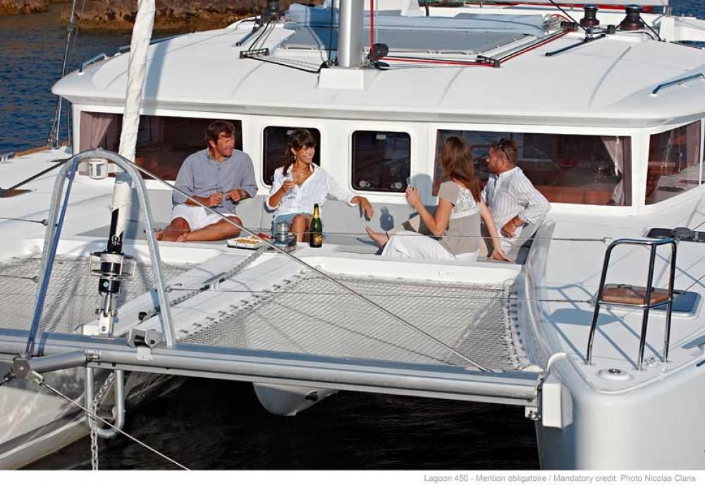 Boat rental Road Town cheap Lagoon 450 F