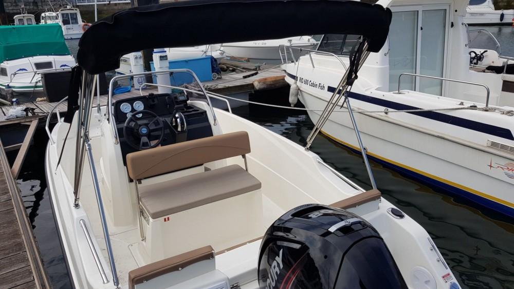Boat rental Gijón cheap Activ 505 Open