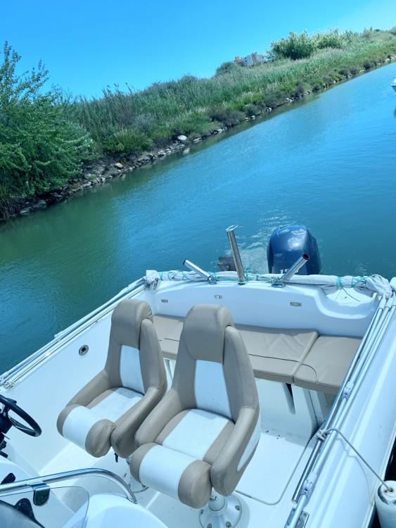 Rental Motorboat in Mauguio - Jeanneau Cap Camarat 6.5 Style