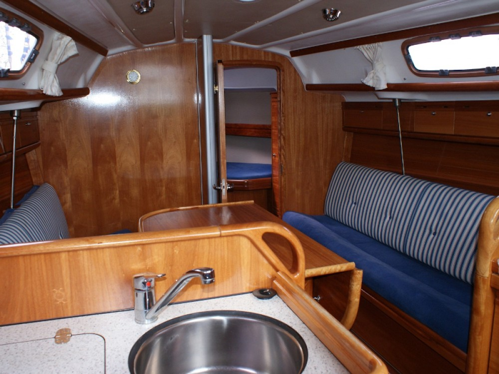 Sailboat for rent Rabac at the best price