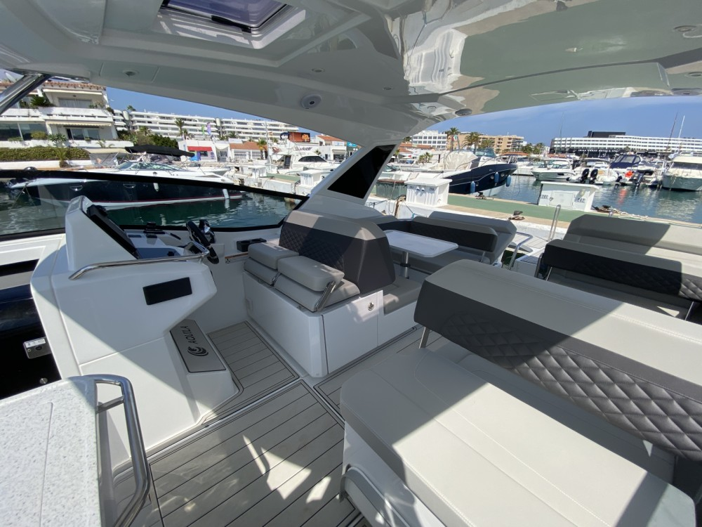 Hire Motorboat with or without skipper AQUILA Ibiza