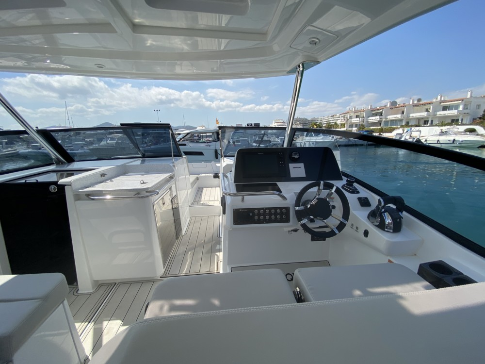 AQUILA Aquila 32 between personal and professional Ibiza