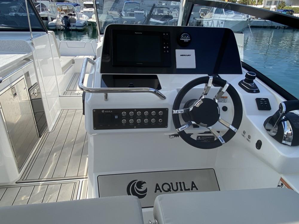 Rent a AQUILA Aquila 32 Ibiza