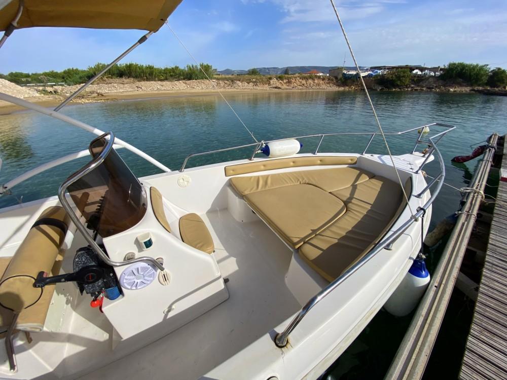 Boat rental Avola cheap Jamaica