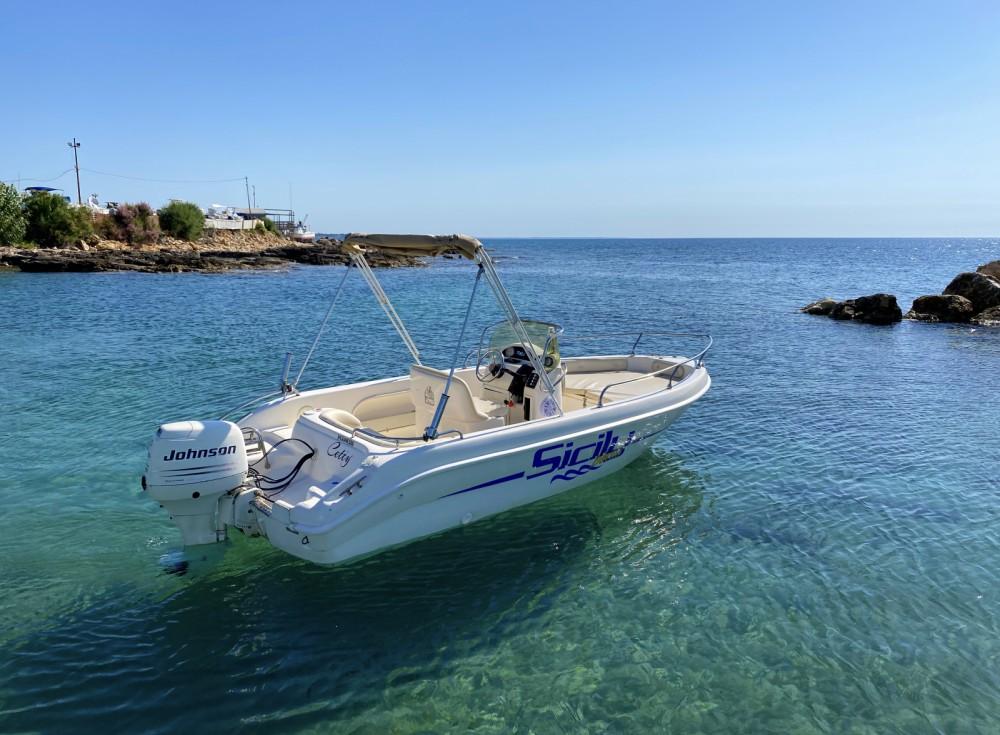 Rental Motorboat in Avola - T.A.MARE Jaguar 520
