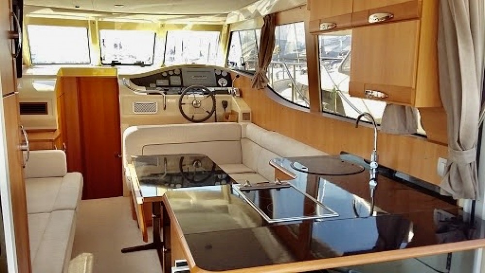 Seaway Yachts Greenline 33 Hybrid between personal and professional Palma